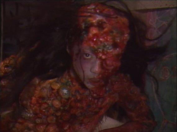 [2585] Notte Horror BBF: Guinea Pig 4 – Mermaid in a Manhole